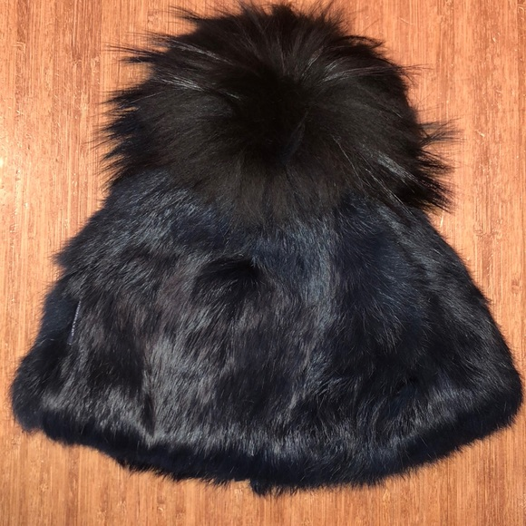 Moncler black raccoon fur hat e82c1c4ad0f